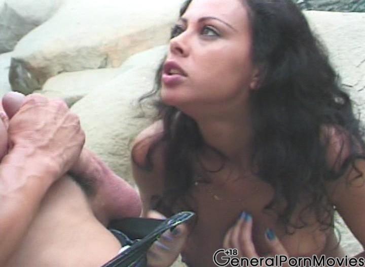 asian sucks white dick